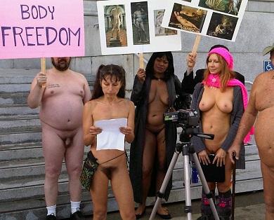 Gypsy girl masturbates on web cam 6
